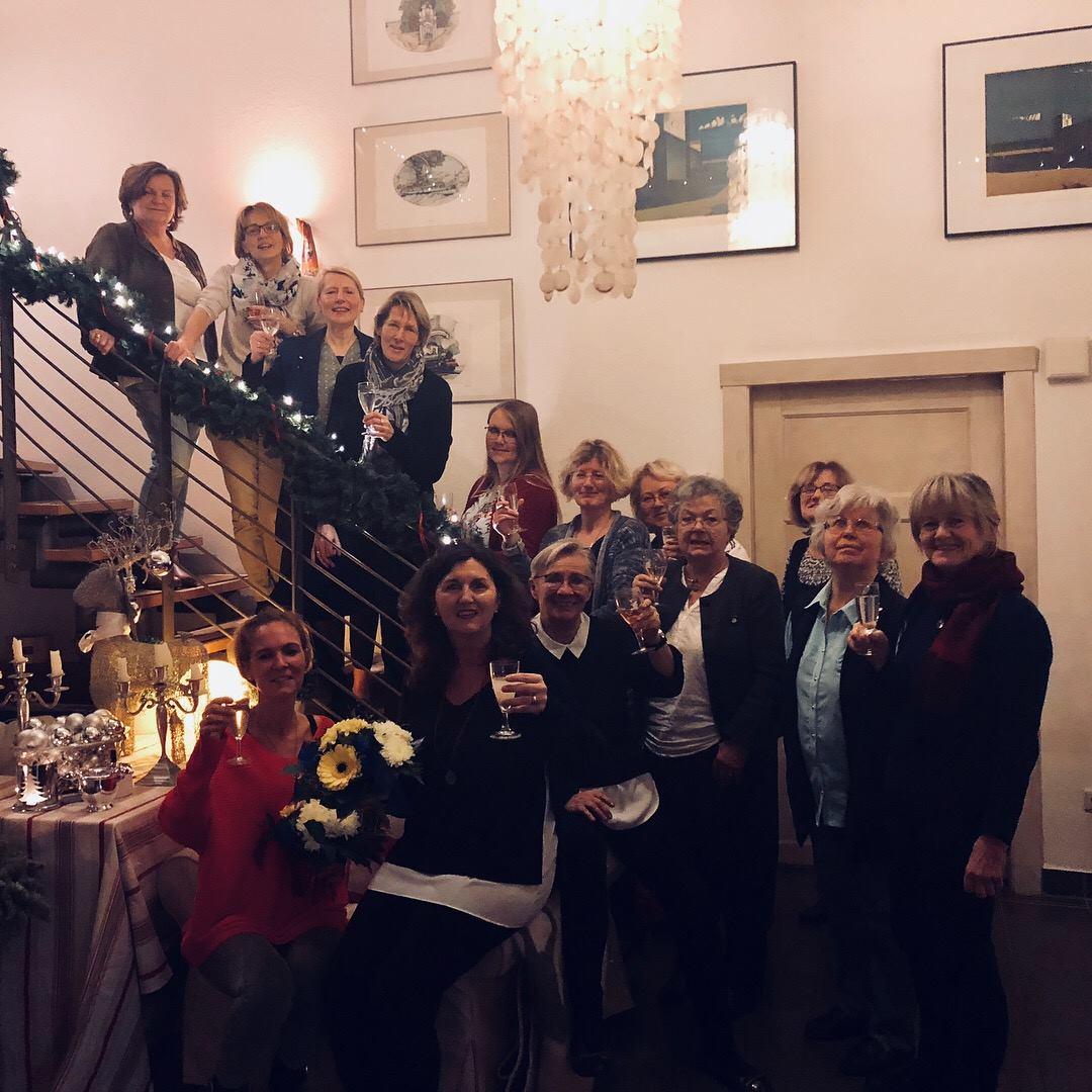 Weihnachtsfeier Club Soroptimist Insel Rügen auf Hof Kluptow